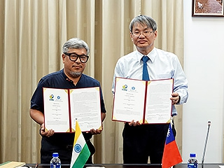 New milestone for international cooperation, National Chung Cheng University signed up with India South Asia Bamboo Foundation to promote bamboo relevant industries into international business